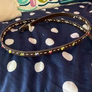 Brown belt with beaded accents size 5